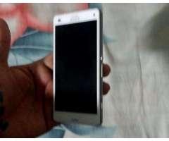 Sony Xperia Z3 Compact modelo D5803 carcasa en perfectas condiciones placa mala para respuesto