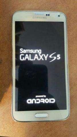Samsung Galaxy s5 color blanco Somos tienda fisica
