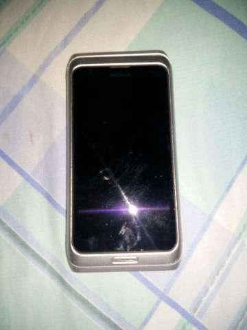 Vendo Nokia E7 para Repuesto