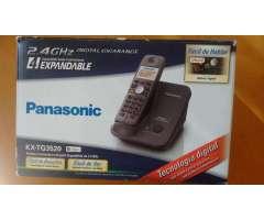 Teléfono inalambrico Panasonic expandible hasta 4 auriculares