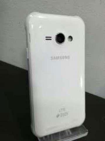 Samsung J1 Ace Como Nuevo