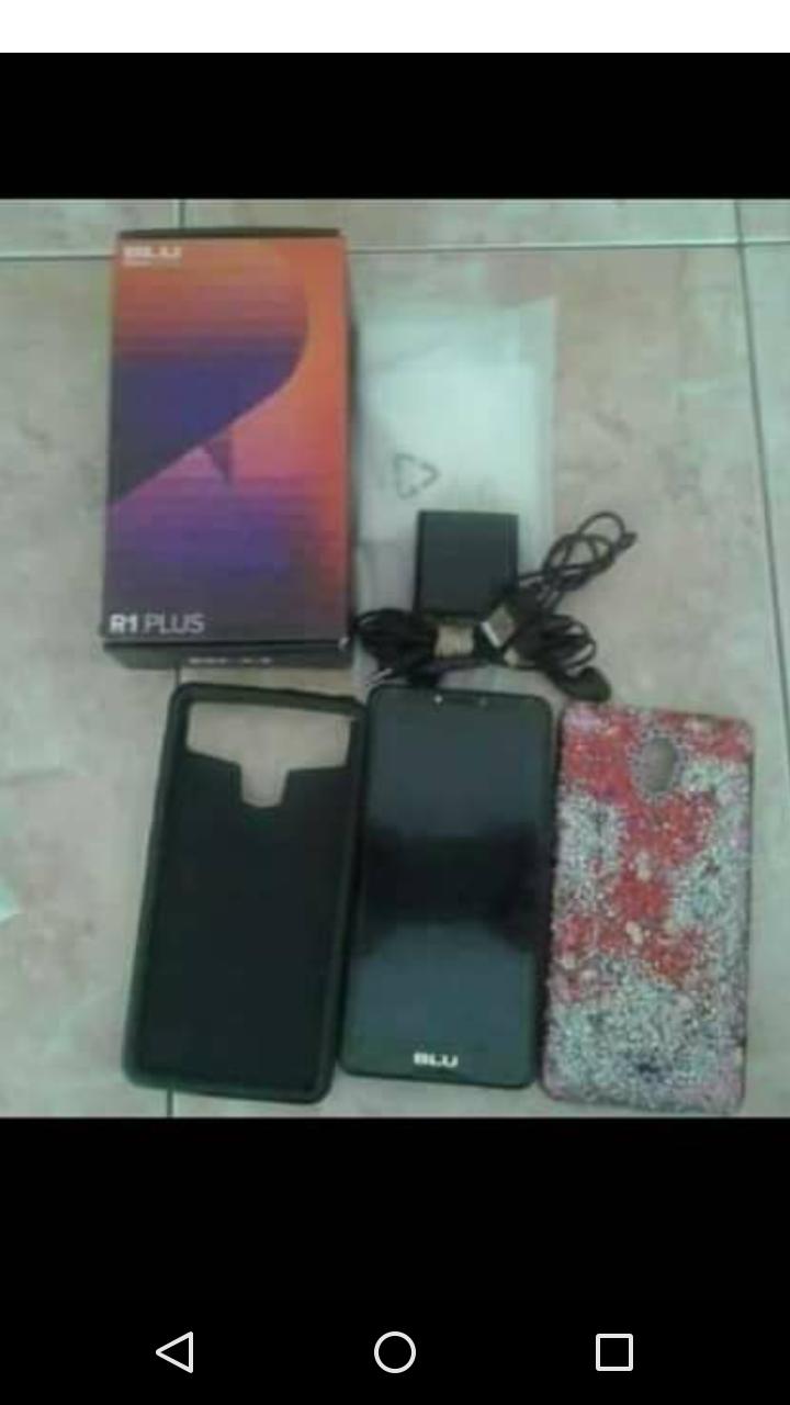 Blu R1 Plus con todos sus accesorios doble SIM liberado